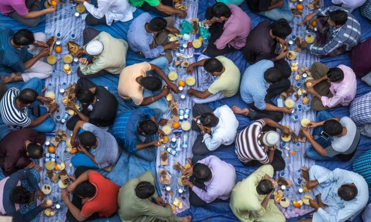 Muslim men who gather for iftar